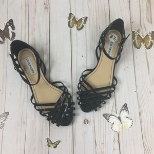 Steve Madden Black Closed Toe Sandals Size 8.5